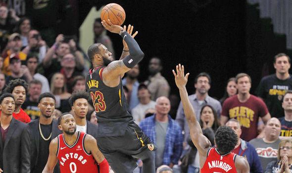 Топ-10 кращих моментів другого раунду плей-оф НБА: відео