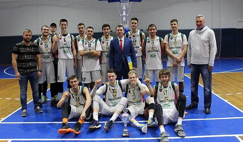 У Запоріжжі визначено переможця Кубка області: фото та відео