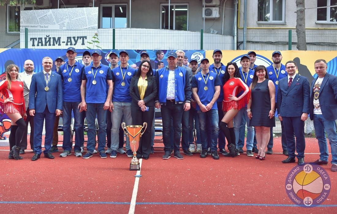 В Одесі відсвяткували перемогу Динамо у Вищій лізі: фотогалерея