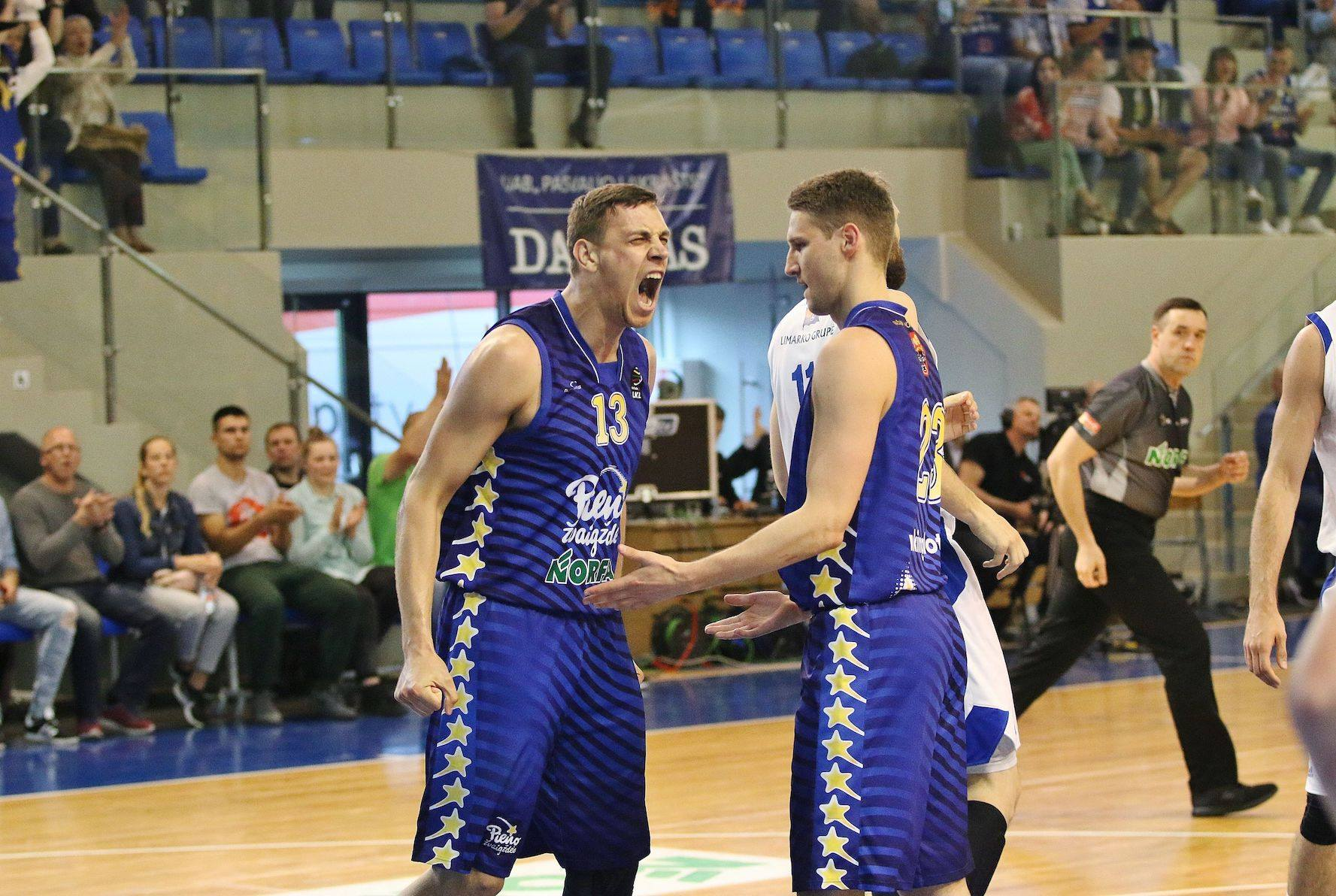 Бобров ефектно завершив сезон у Литві