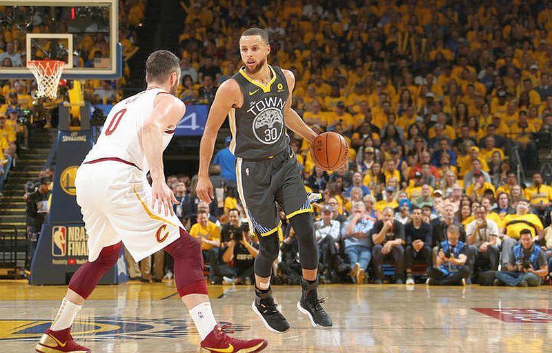 Голден Стейт подвоїв перевагу в фіналі НБА: результат і відео моментів