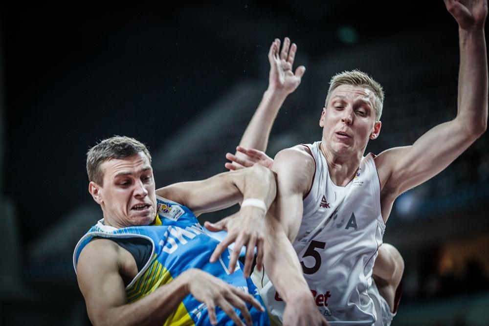 До уваги представників ЗМІ. Проходить акредитація на матч Україна – Латвія