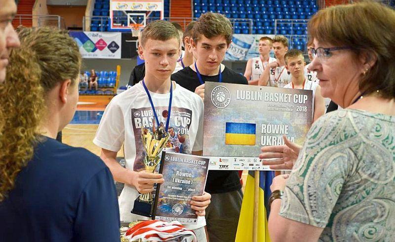 Юні українські баскетболісти виступили на турнірі в Польщі