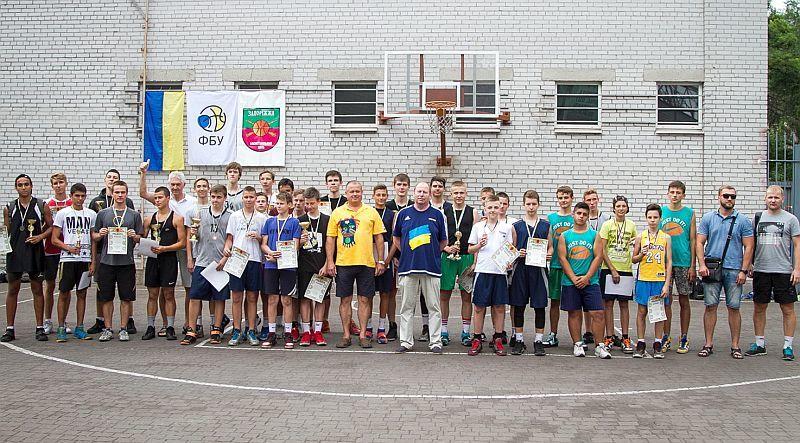Запорізькі юнаки визначили найсильніших на турнірі баскетболі 3х3