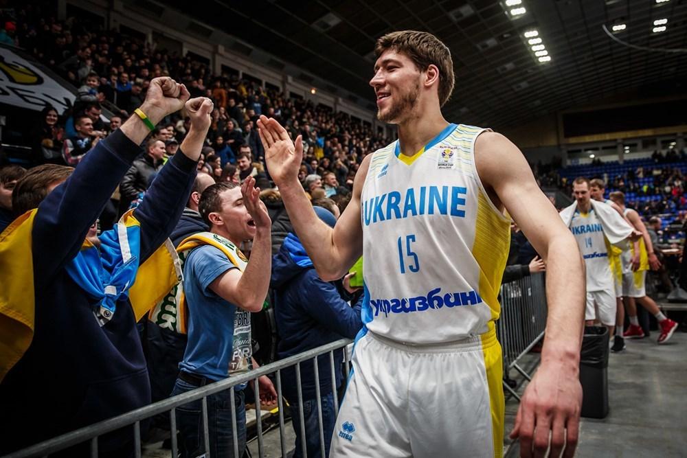 Лише разом ми вийдемо на чемпіонат cвіту. Підтримай збірну України у головній грі літа!