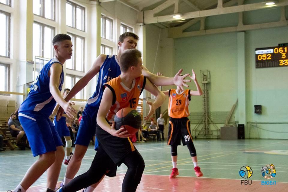 Валентин Мельничук: захищаємося утрьох проти чотирьох у меншості