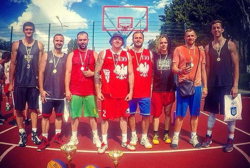 Баскетболісти Рівного перемогли на етапі чемпіонату України