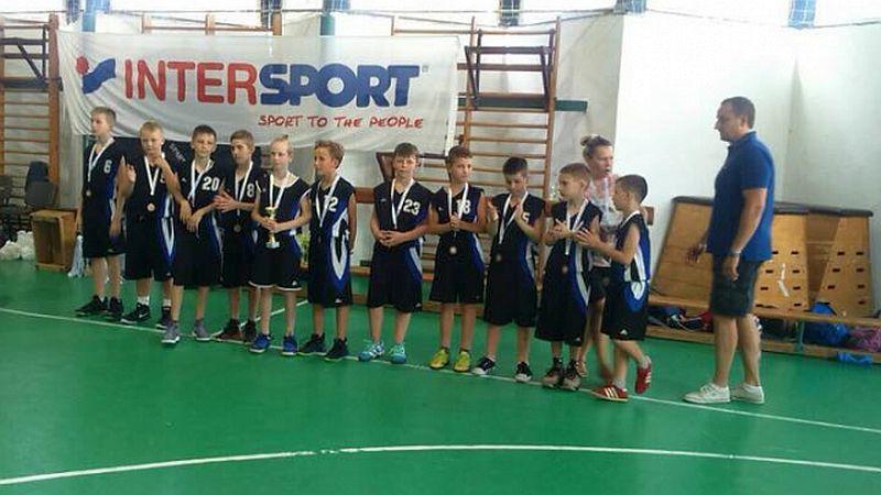 Юні українські баскетболісти вибороли нагороди в Угорщині