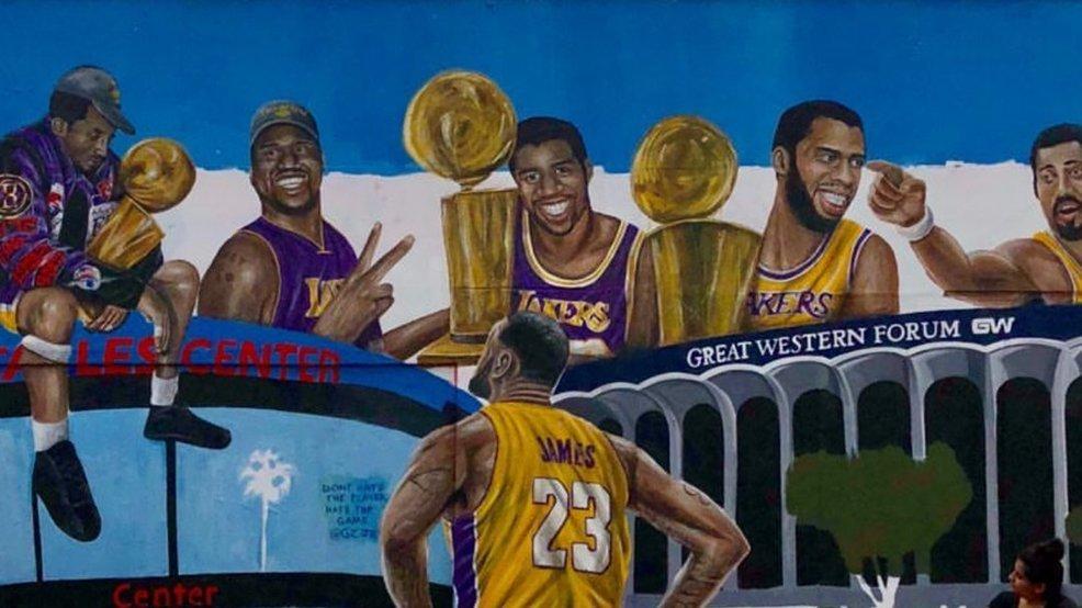Найкращі моменти Лейкерс за останній сезон у НБА: відео