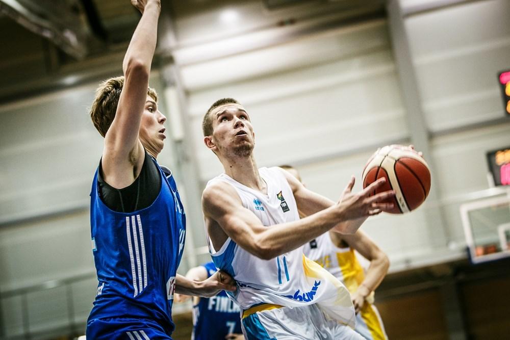 Збірна України U-18 зазнала поразки в стартовому матчі Євробаскету