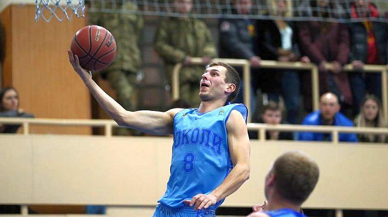 Харків'яни продовжили угоду з захисником