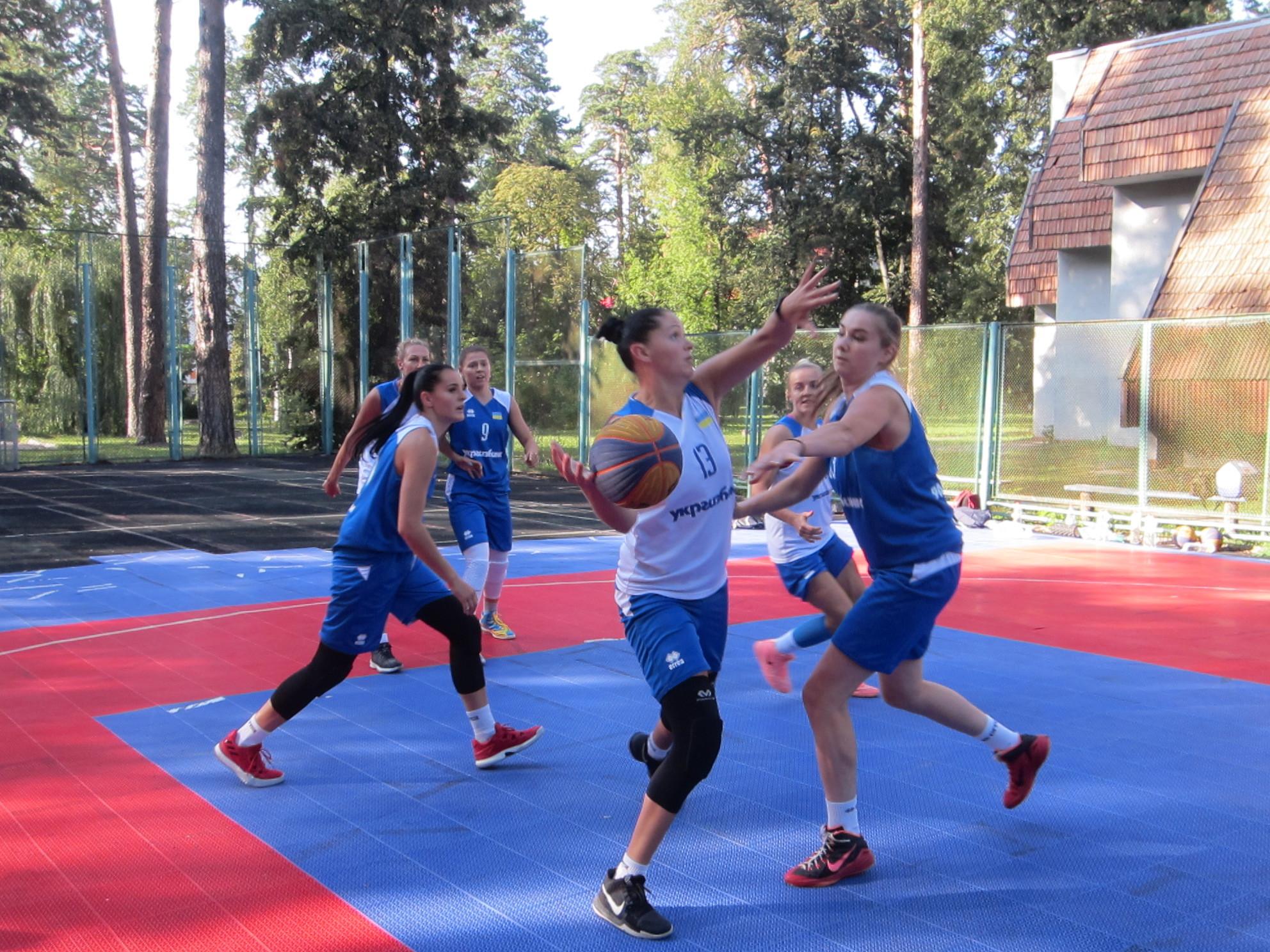 Жіночі збірні України 3х3 тренуються у Пущі Водиці: фотогалерея