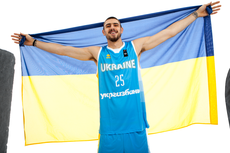 Олексій Лень в формі збірної України: офіційна фотосесія