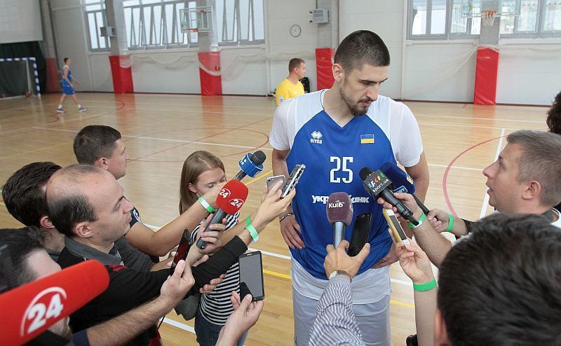 Як збірна України тренувалася з баскетболістами НБА у складі: фотогалерея