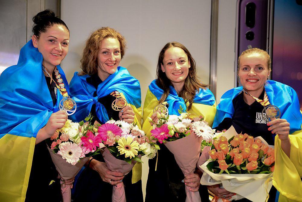 Збірниці 3х3 Ольховик і Спітковcька отримали по чотири вихідних після вдалого виступу на чемпіонаті Європи