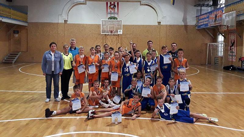 У Кропивницькому відбувся юнацький баскетбольний турнір