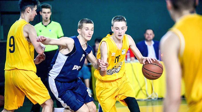 Стартують змагання в ВЮБЛ серед юнаків