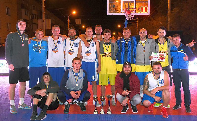 У Маріуполі відбувся турнір з баскетболу 3х3
