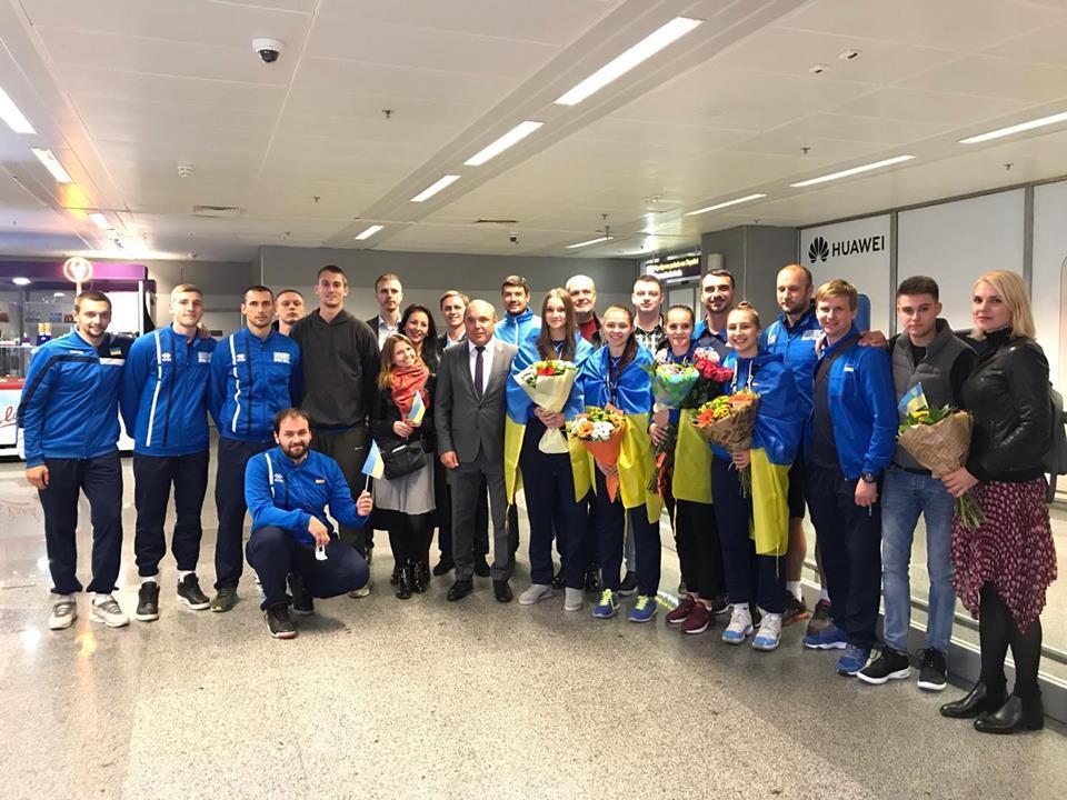 Бронзові призерки молодіжного чемпіонату світу повернулися на батьківщину