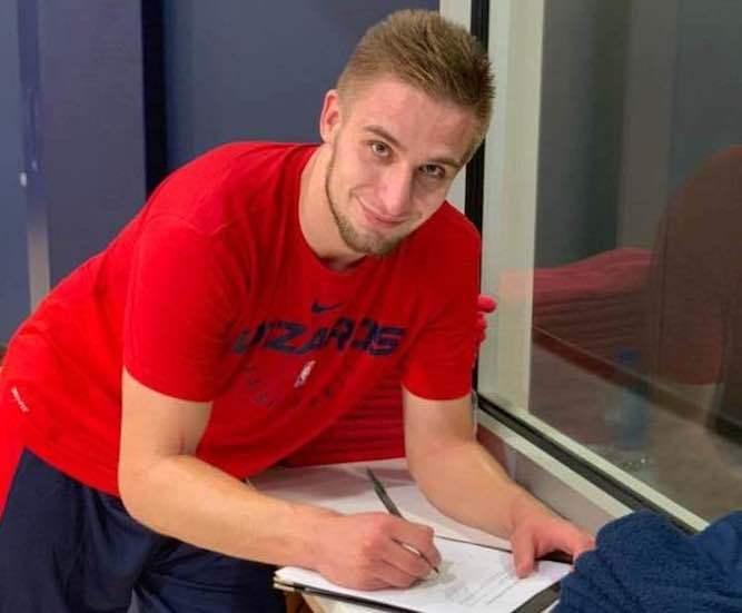 Олександр Кобець уклав угоду з клубом NBA