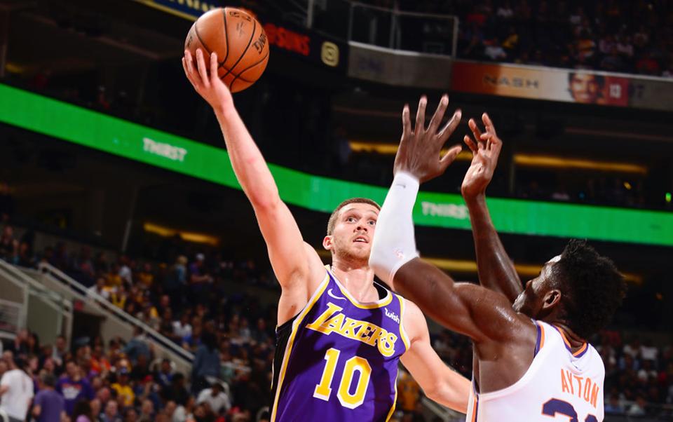 Святослав Михайлюк набрав перші очки в НБА і здобув дебютну перемогу з Лейкерс