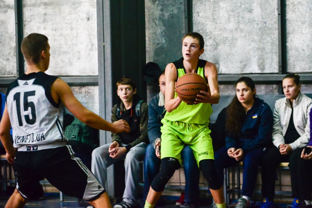 Ілля Здирка: баскетбол поєдную з шахами