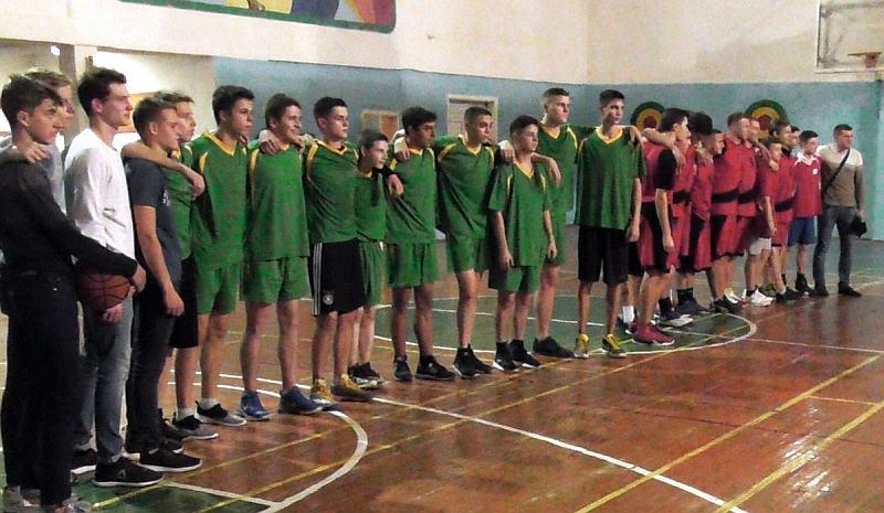 У Вінниці визначилися переможці шкільних баскетбольних змагань