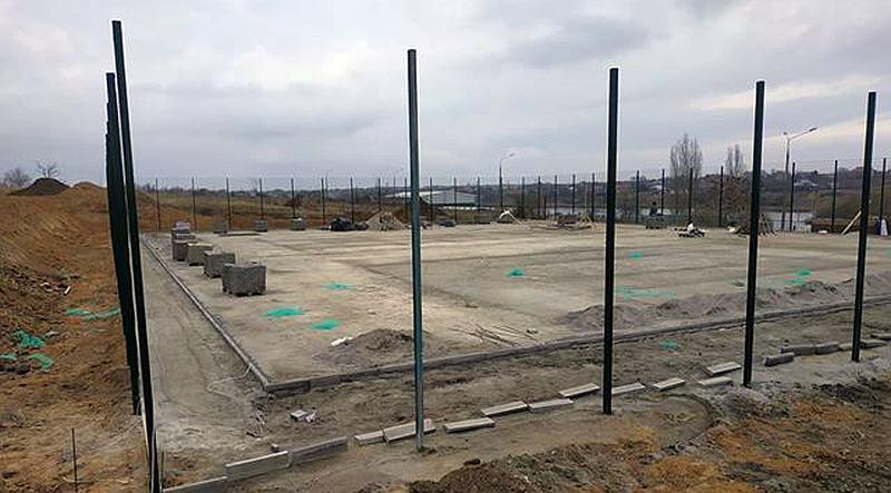 У Южному будують нові баскетбольні майданчики