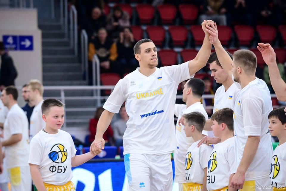 В'ячеслав Бобров: новачки збірної України - перспективні хлопці, їм потрібен цей досвід