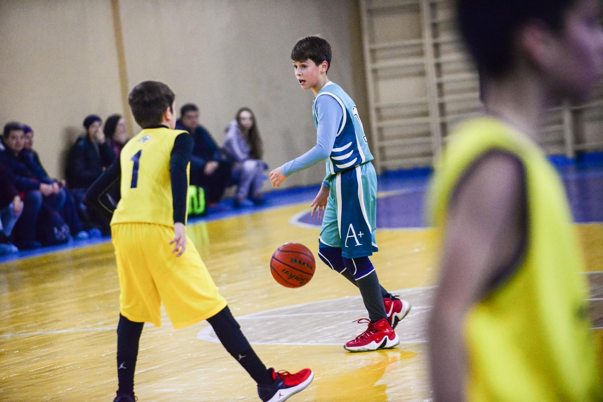 5 Баскетбольных упражнений для движения мяча при помощи передач