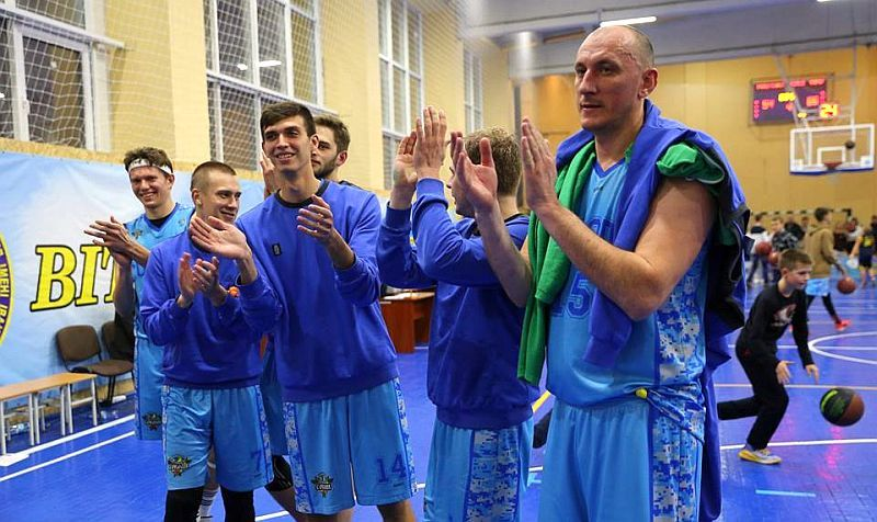 Вища ліга: перша домашня поразка харків'ян – результати 15-16 грудня