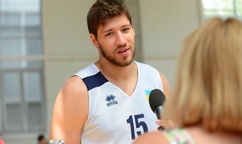 В'ячеслав Кравцов підписав контракт з іспанським клубом