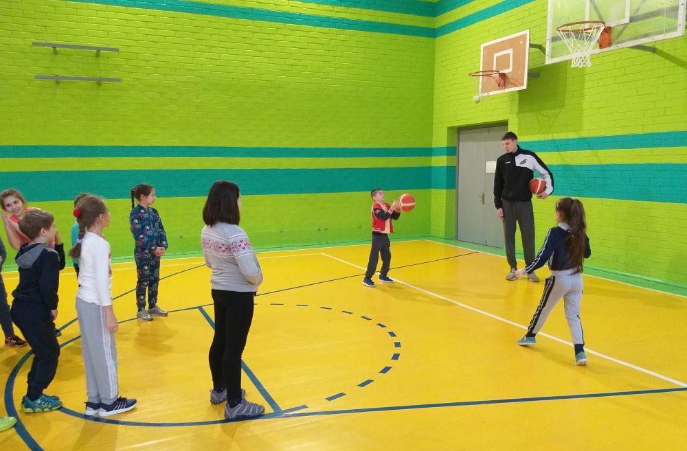 Київ-Баскет у дії: майстер-клас для учнів школи № 297