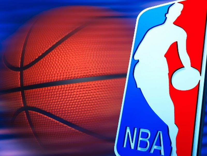 Найкращі моменти матчів НБА 8 лютого