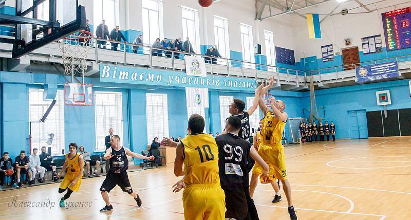 Золотой Вєк переміг Кремінь у Вищій лізі: фотогалерея