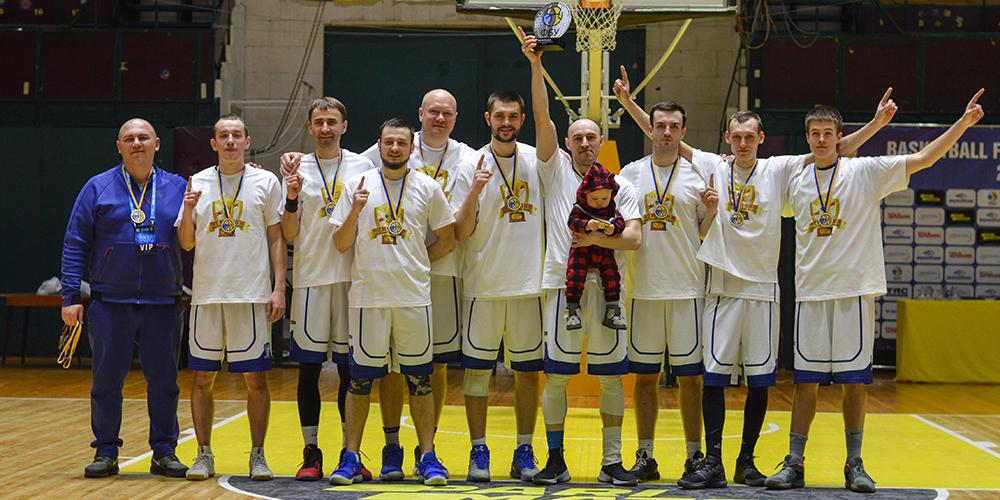 Бродяги - чемпіони аматорського кубку