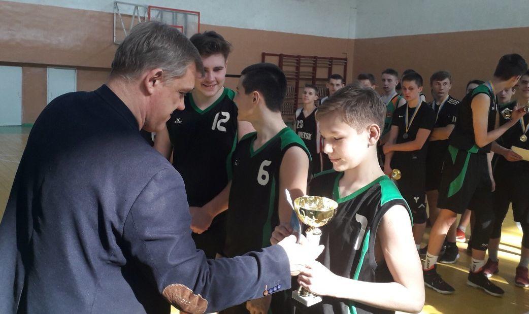 Школярі Донеччини розіграли путівки до київського фіналу ШБЛ 3х3