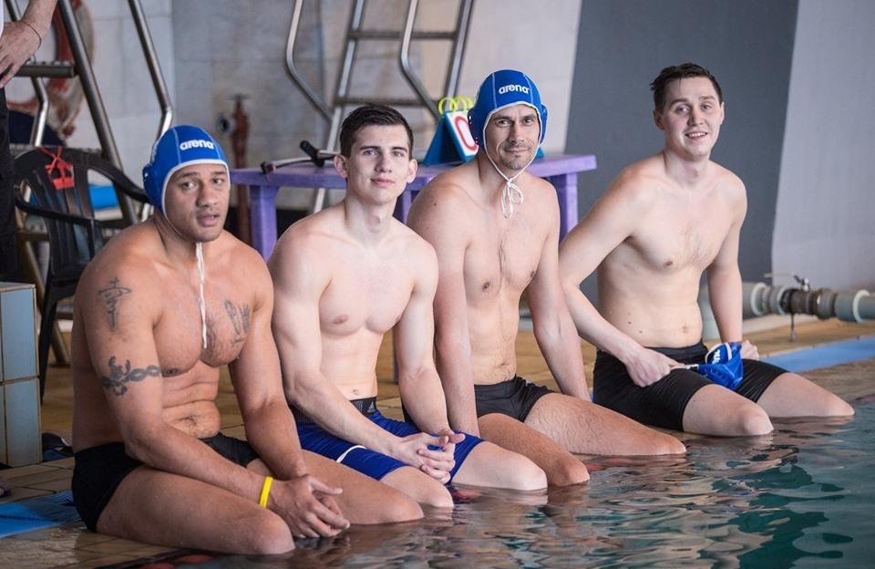 Баскетболісти Миколаєва взяли участь в благодійному матчі з водного поло