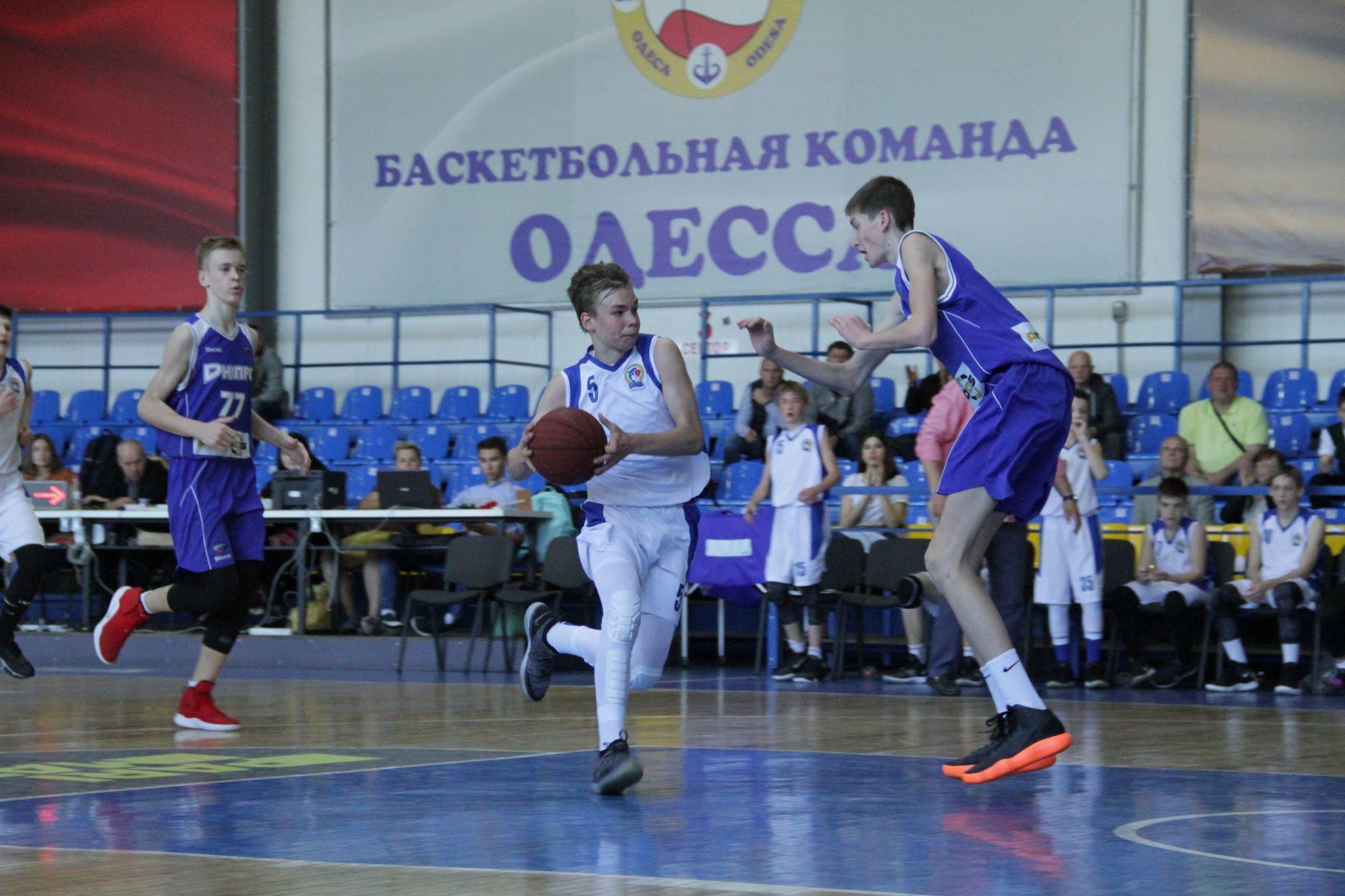 ВЮБЛ (юнаки-2005): переможний початок Харкова і Дніпра
