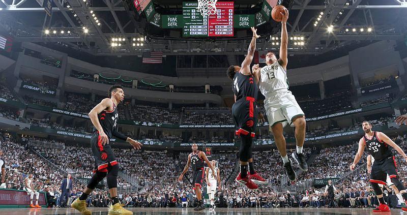 Матч плей-оф НБА 16 травня: результат і відео моментів