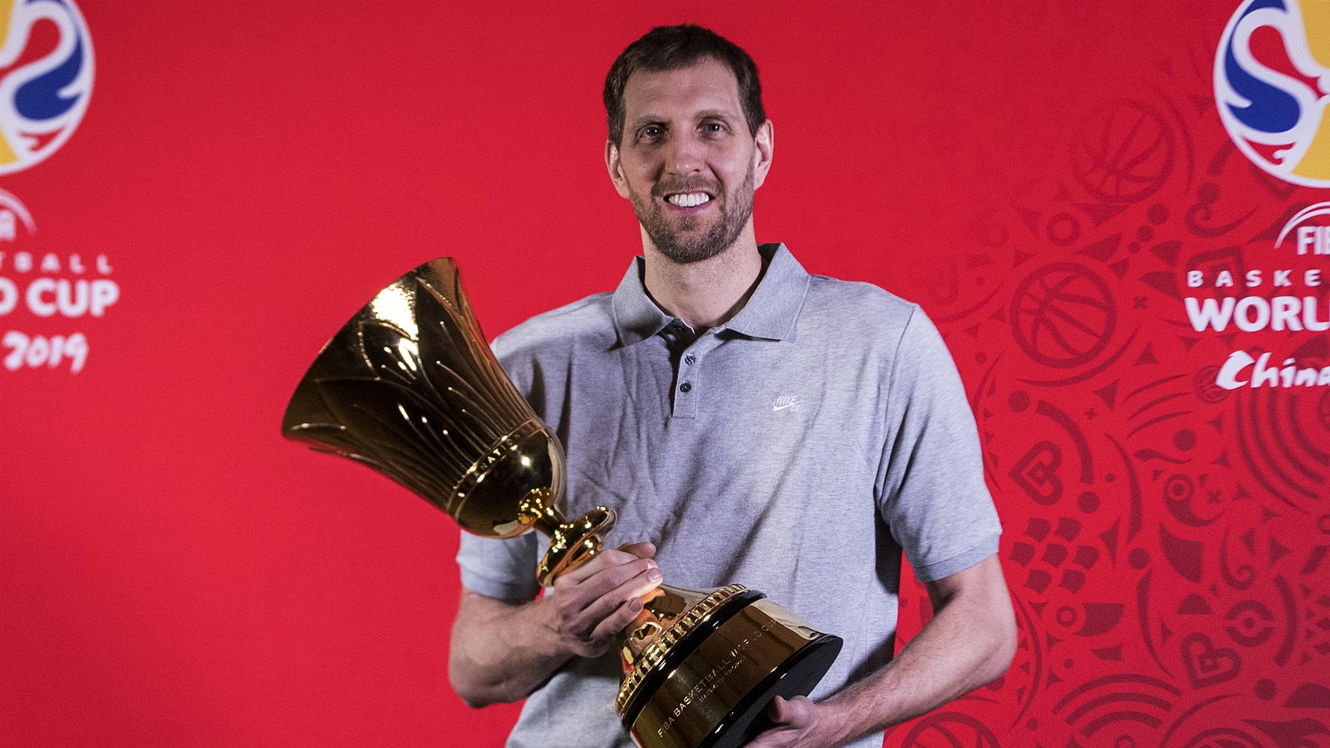 Легендарний Новіцкі став послом чемпіонату світу-2019