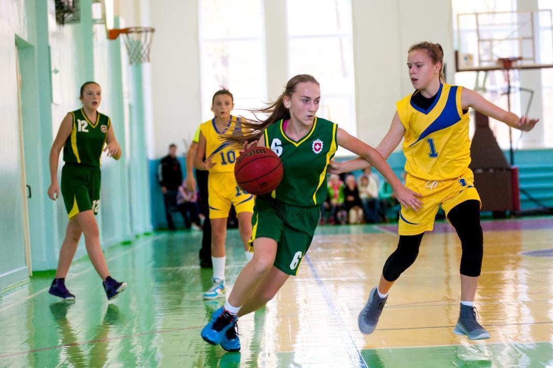 ВЮБЛ (дівчата-2006): титул розіграють СДЮСШОР-5 і ДЮСШ (Нововолинськ)