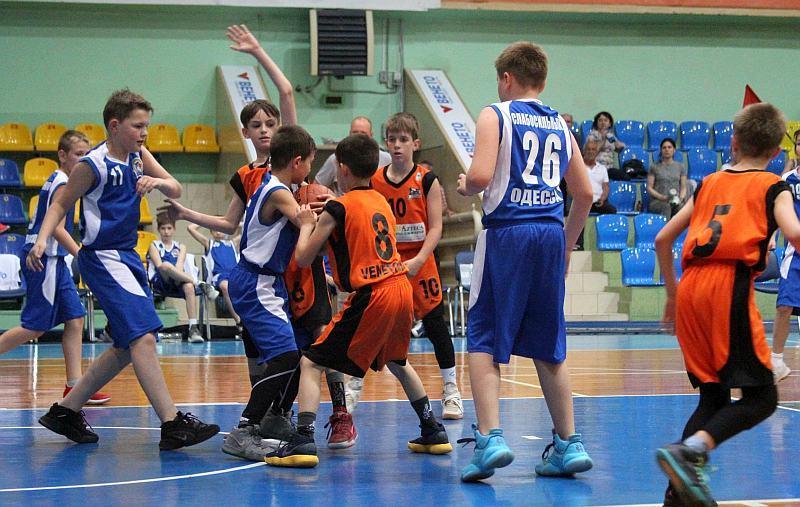У Черкасах фінішував сезон ВЮБЛ серед юнаків 2008 р.н: фотогалерея