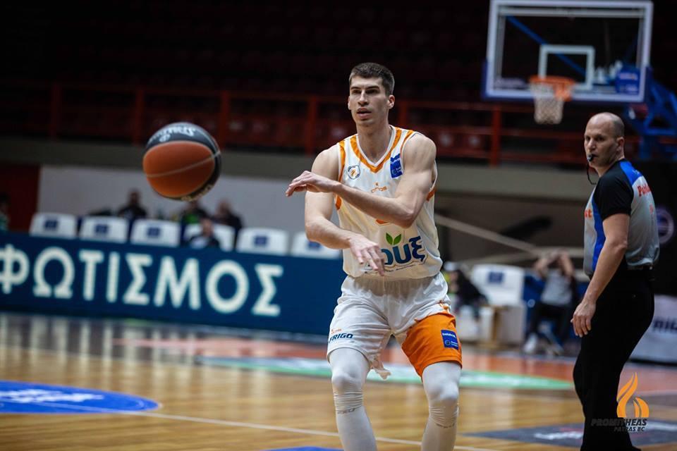 13 очок Липового не врятували його команду від поразки у першому матчі півфіналу в чемпіонаті Греції