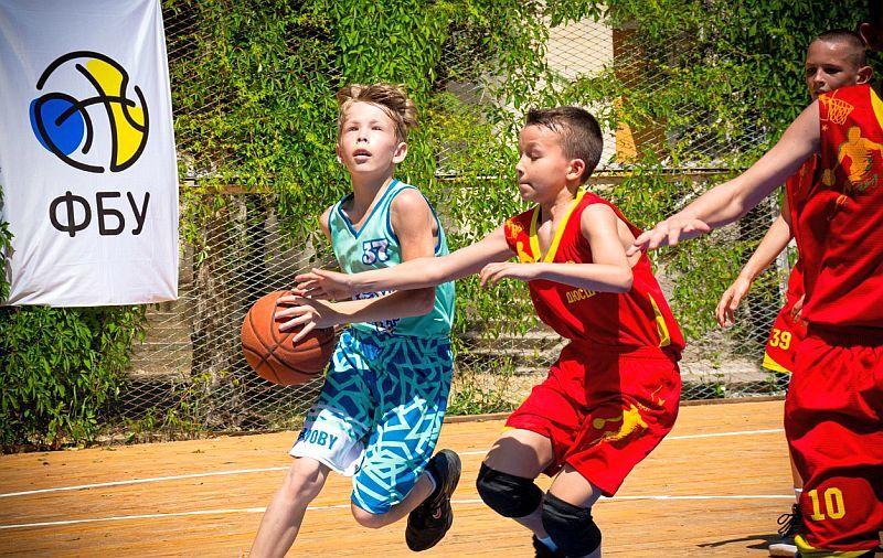 Яскраві емоції першого дня Фестивалю мінібаскетболу: фотогалерея