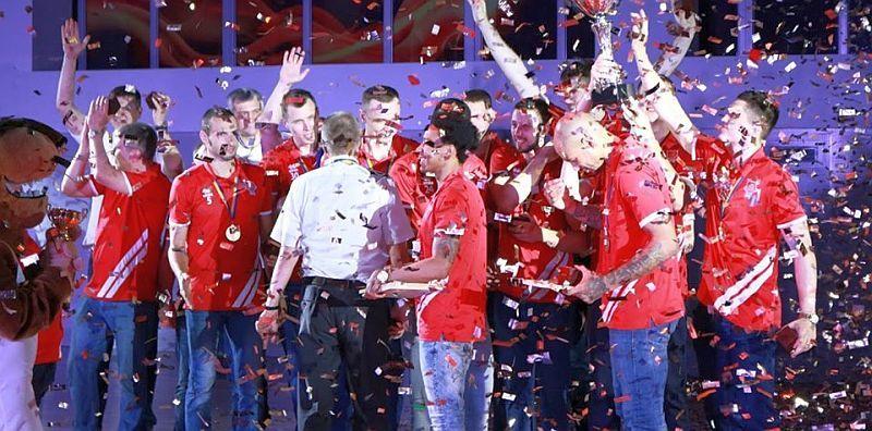 Як вітали чемпіонів Вищої ліги: фотогалерея