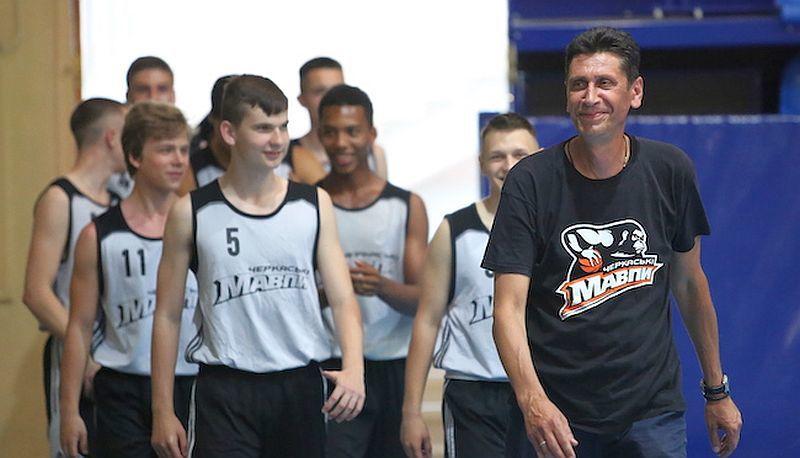 Відбувся випуск у баскетбольній школі Черкаських Мавп