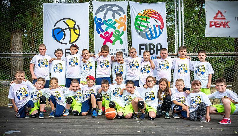 Завершилася перша зміна Фестивалю мінібаскетболу