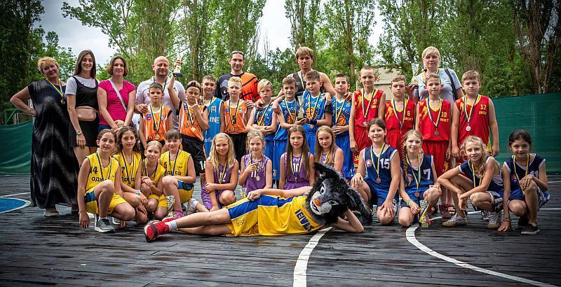 На Херсонщині завершилася перша зміна Фестивалю мінібаскетболу: фотогалерея