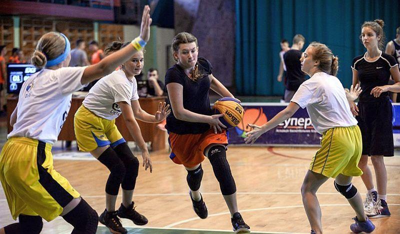 На Прикарпатті відбувся турнір із баскетболу 3x3 ZONE
